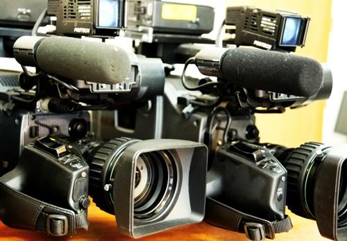 スイスのテレビ局がカメラ機材をiPhone6に切り替え? 実験的取り組みが話題に